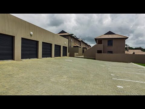2 Bedroom Simplex for sale in Eastern Cape | East London To The Wild Coast | East Londo |