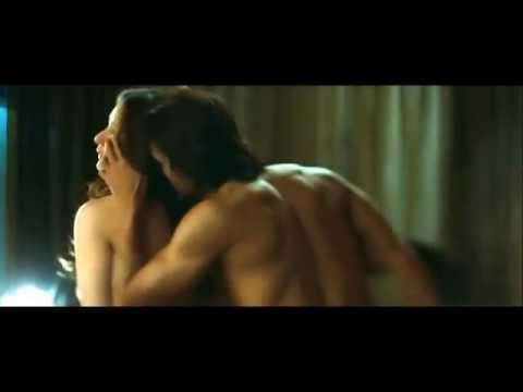 Kareena Kapoor Hot Sex Scene with Arjun...