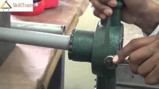 Making Threads On A Pvc Pipe (hindi) (हिन्दी)