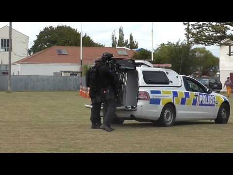 Palmerston North Police Armed Offenders Squad demonstration