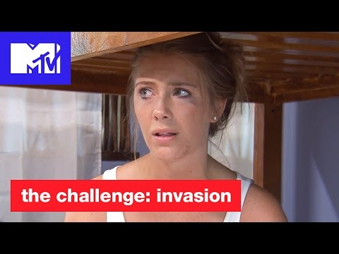 'The Pool Conversation' Official Sneak Peek | The Challenge: Invasion | MTV Mp3