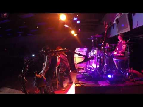 Motley Crue Tribute Band - The Crue