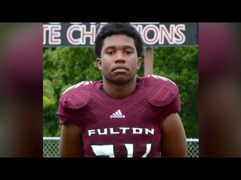 Teen killed shielding girls from bullets