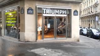 Париж. Триумфальная арка. Мотоциклы. Harley Davidson