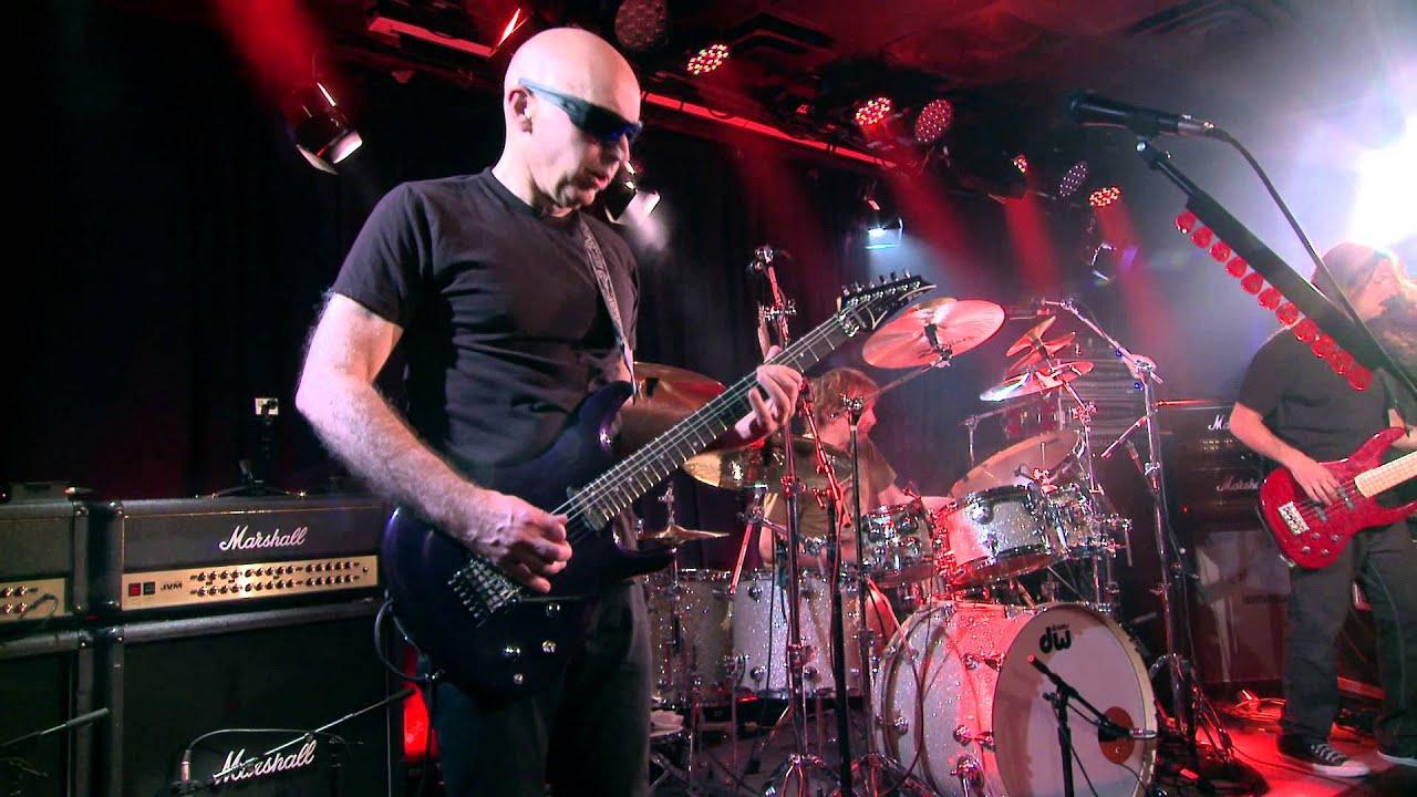 Joe Satriani Satch Boogie Live W Front Center At The Iridium Ny You