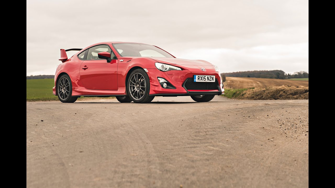 toyota gt86 aero a good daily driver owner drive review youtube. Black Bedroom Furniture Sets. Home Design Ideas