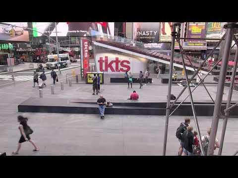Times Square special show ! Midtown Manhattan, New York City - Times Square Live Camera 24.7