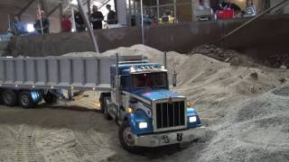 Rc Truck (27-08-2016, Working in sand)