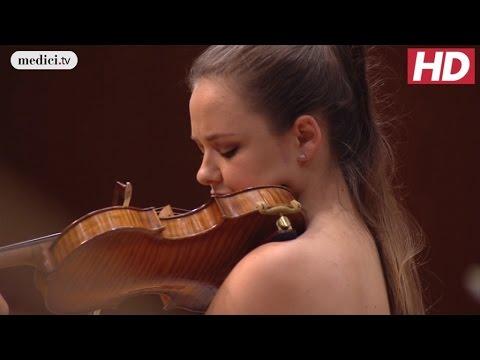 Alexandra Conunova - Violin Concerto No. 3 - Mozart: MPHIL 360°