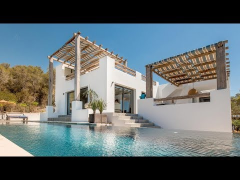 IBIZA- Spectacular seafront holiday Villa with panoramic views to the majestic Es Vedra