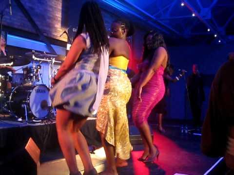 Judith Sephuma, Sophie Ndaba and Gerry Eldson doing the booty hop...