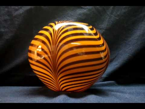 Large Handblown Art Glass Tiger Vase Exotic Bengal Marble Un Signed