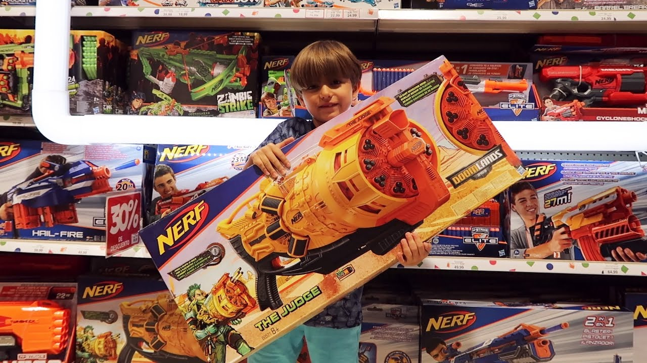 Toys R Us Nerf Guns : New nerf guns at toys r us toy store youtube