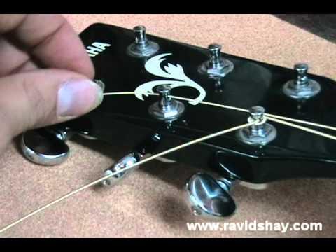 החלפת מיתרים לגיטרה אקוסטית