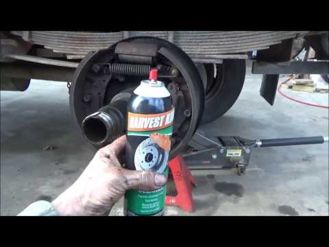 Cleaning oil off brake shoes on a single axle dump truck (part 2)