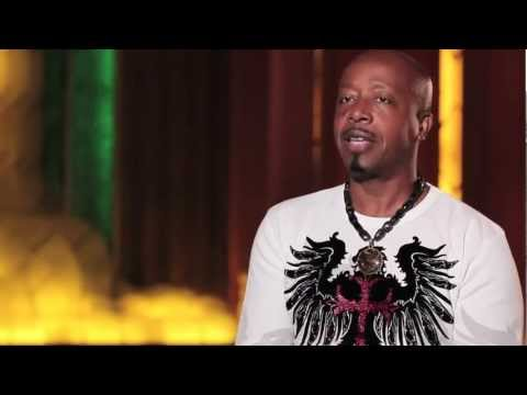 MC Hammer Gives an Insider's Look at Oakland