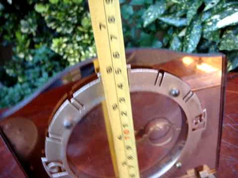 Vintage  Small Timepiece Table Clock / Desk Clock / Mantle Clock  ** See Video**