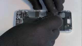 Ремонт iPhone 5 замена материнской платы(Подробная инструкция по разбору iPhone 5. http://macplus.ru/ --- ремонт техники Apple http://mac-parts.ru/ --- магазин запчастей Apple., 2012-10-04T23:45:47.000Z)