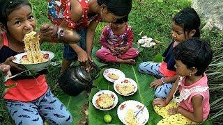Children Eating Noodle Delicious Natural Life