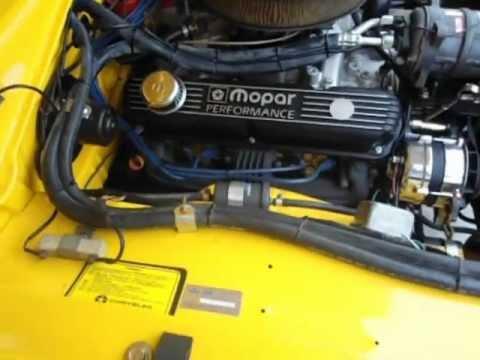 Dodge  1978 amarelo crestana