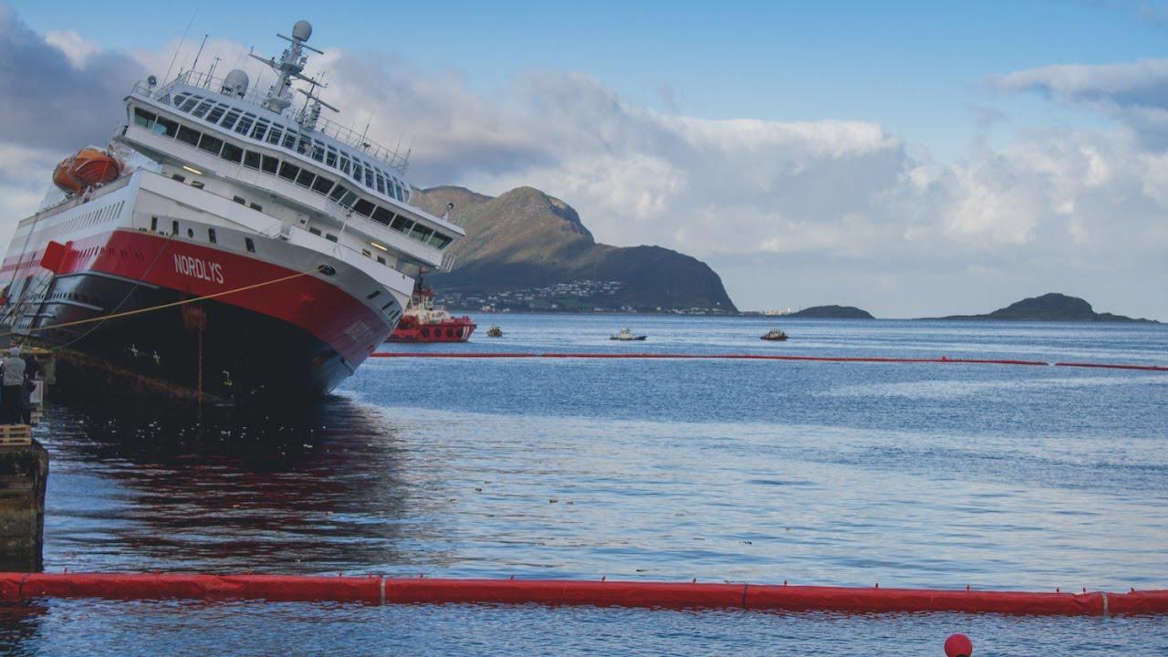 Hurtigruten Ms Nordlys Cruise Ship Accident 2011 Youtube