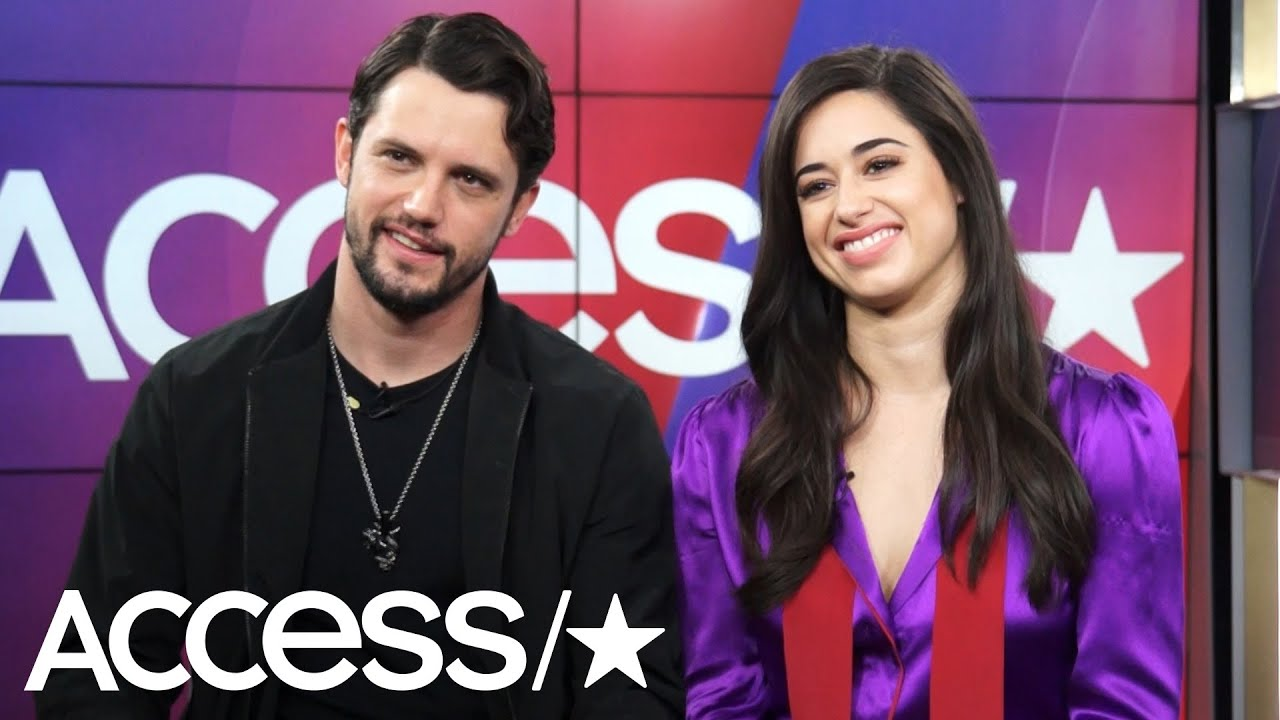 'Roswell's' Nathan Dean Parsons & Jeanine Mason Imagine What Their Former Characters Are Up To Now