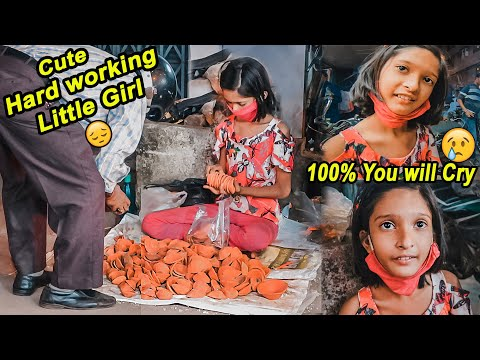 This Cute Little Girl 😫😢(10 years Old) will make You Cry 😭 Selling Diya For Rs 1 only 😔