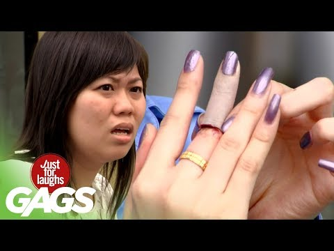 Human Finger In Sandwich PRANK!