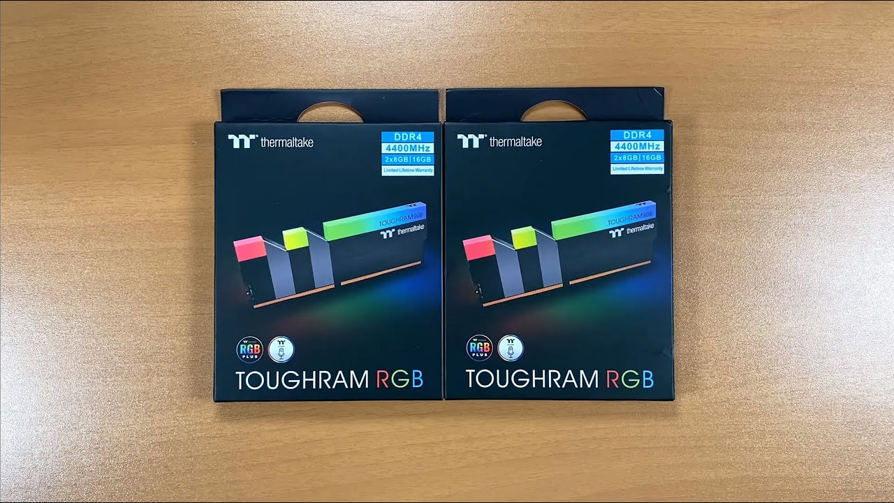 Thermaltake TOUGHRAM RGB DDR4-4400: Unbox, Detalles Técnicos, Instalación, Pruebas en BIOS y W10