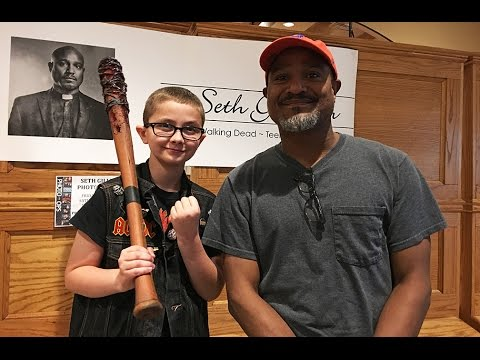 Seth Gilliam from the Walking Dead: how he handled a bully as a kid, who does Negan kill? More