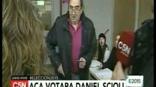C5N - Eleccion 2015: La escuela donde voto Daniel Scioli
