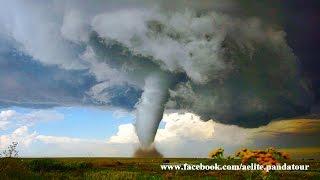 Торнадо в Украине Смерч в России Две области пострадало Ураган Смерчь это #Tornado Погода ухудшается(, 2016-05-16T19:57:28.000Z)