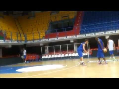 Sek Henry Training 1 Vs 1 - Enel Basket Brindisi 2014/15