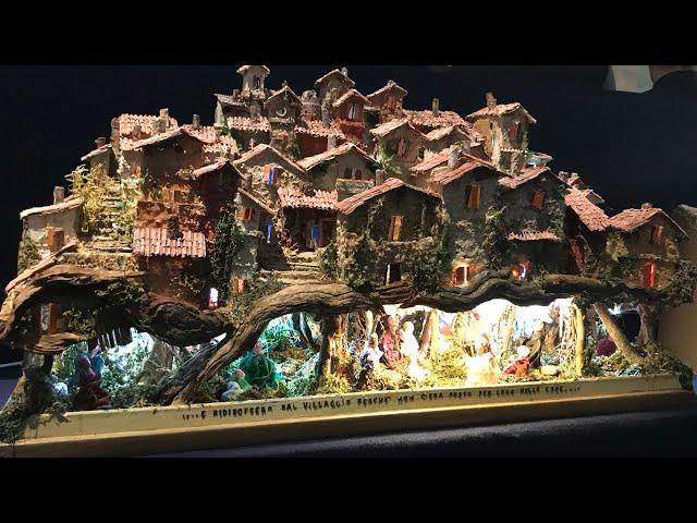 Đức Thánh Cha thăm triển lãm 100 hang đá