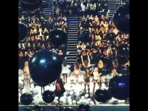 Victoria's Secret Fashion Show 2014 finale
