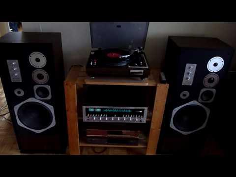 Classic Vintage Marantz system 2325 Receiver + 6200 Turntable + HD880 Speakers!
