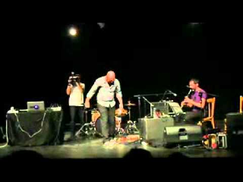 Rocket- Praed (Live @ theatre de beirut june 2011)