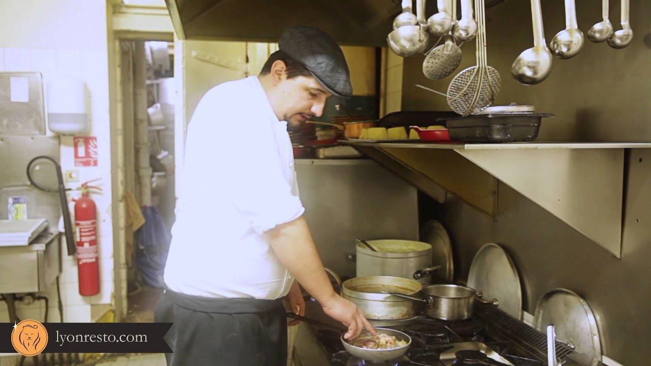 Restaurant bouchon lyonnais la t te de lard recette - Comment cuisiner la cervelle d agneau ...
