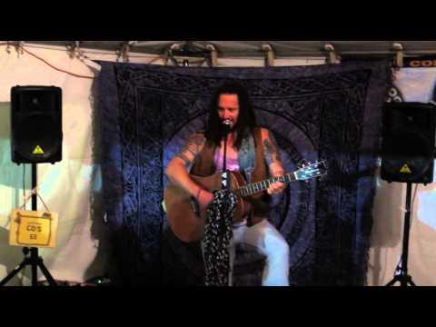 Belfast Busker - Ballad of Lidl and Aldi [HD]