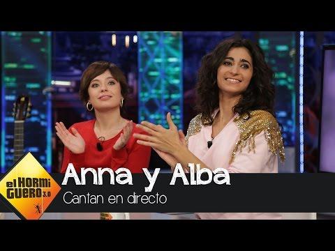 Anna Castillo y Alba Flores cantan 'Blue Moon' en directo - El Hormiguero 3.0
