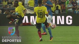 Tremenda plancha de Carlos Gruezo a Willian y el brasileño sale en camilla