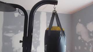 Everlast Heavy Bag Stand And PowerCore Heavy Bag Review