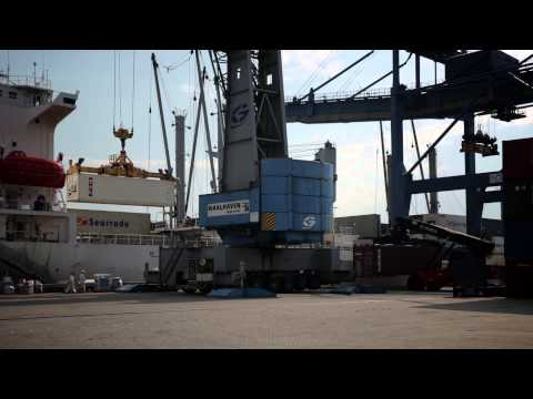 Waalhaven Group - Barge Center - Container Operations