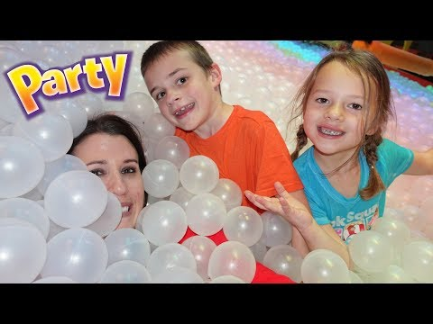 Indoor Play Place BIRTHDAY PARTY For The Kids!