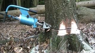 Hydraulischer Fällkeil-  unentbehrlich bei der Holzernte/ Demo...