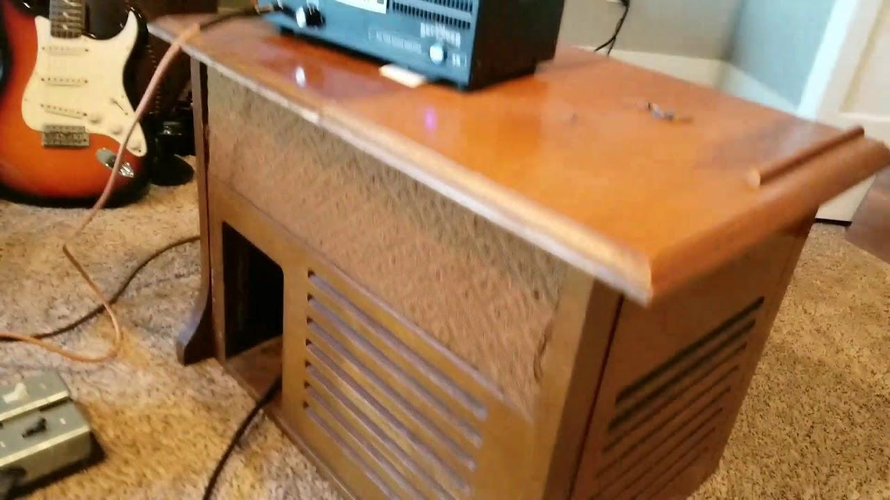 homemade guitar leslie speaker cabinet rotating speaker youtube. Black Bedroom Furniture Sets. Home Design Ideas