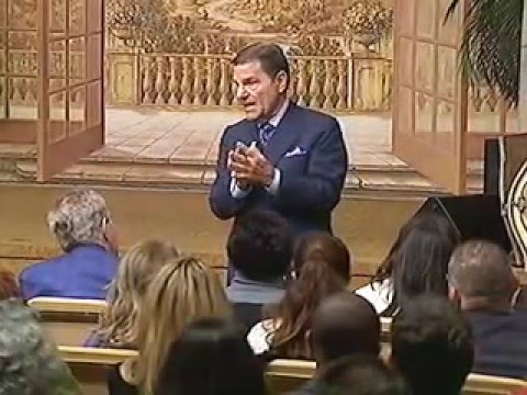 Kenneth Copeland - Why Faith Is So Important Part 1 - (World Harvest Church - January 8, 2016 PM)