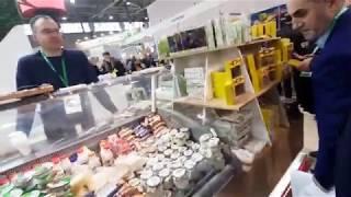 Смотреть видео Продукция со всей России. Выставка ярмарка. ВДНХ. Москва онлайн