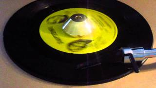 Saun & Starr - Look Closer (can't You See The Signs) - Daptone: 1087