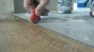 видео Полы на кухне - плитка, ламинат и дизайн и цвет кафеля
